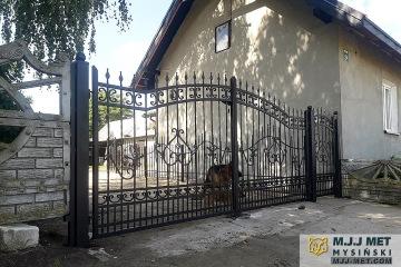 Ogrodzenie metalowe 2